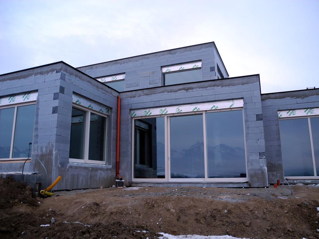 Okná po založeni